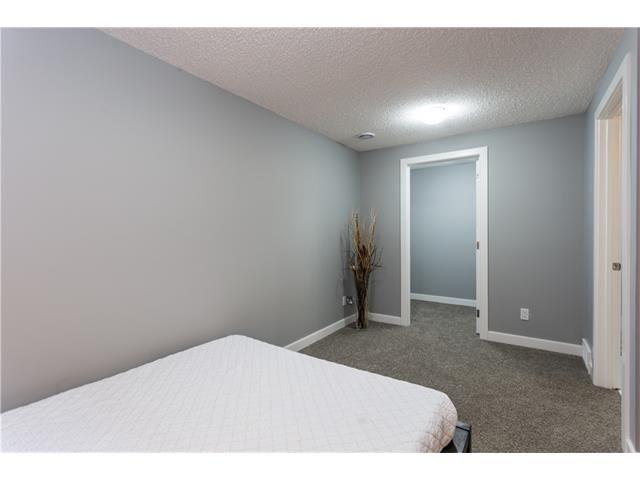 Photo 36: Photos: 36 OAKBURY Place SW in Calgary: Oakridge House for sale : MLS®# C4101941