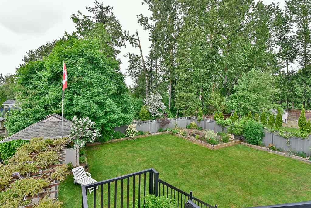 Photo 20: Photos: 6103 190 Street in Surrey: Cloverdale BC House for sale (Cloverdale)  : MLS®# R2269970