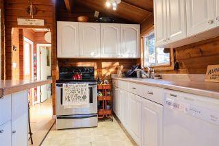 Photo 5: 1411 VELVET Road in Gibsons: Gibsons & Area House for sale (Sunshine Coast)  : MLS®# R2555687