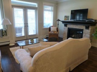 Photo 9: 15487 THRIFT Avenue: White Rock House for sale (South Surrey White Rock)  : MLS®# R2011959