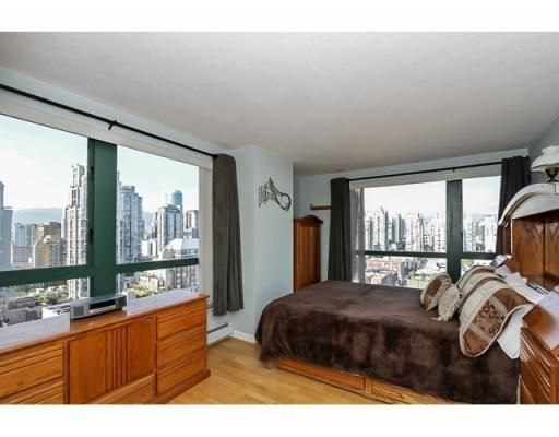 Photo 9: Photos: # 2105 289 DRAKE ST in Vancouver: House  : MLS®# V1082065