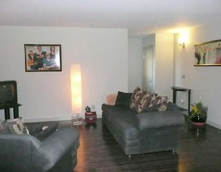 Photo 2: 67 WOODBROOK Way SW in CALGARY: Woodbine Residential Detached Single Family for sale (Calgary)  : MLS®# C3305711