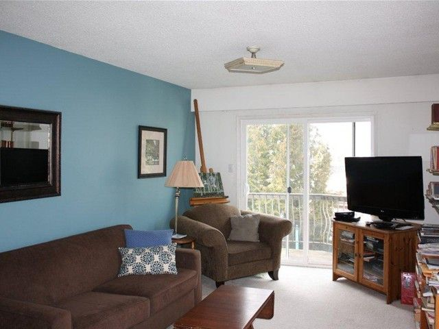 Photo 5: Photos: 43 DIEPPE Place in Vancouver: Renfrew Heights House for sale (Vancouver East)  : MLS®# V1061962