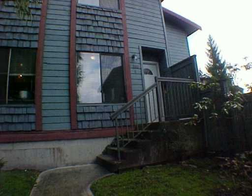 """Main Photo: 4 306 HIGHLAND WY in Port Moody: North Shore Pt Moody Townhouse for sale in """"HIGHLAND PARK"""" : MLS®# V571371"""