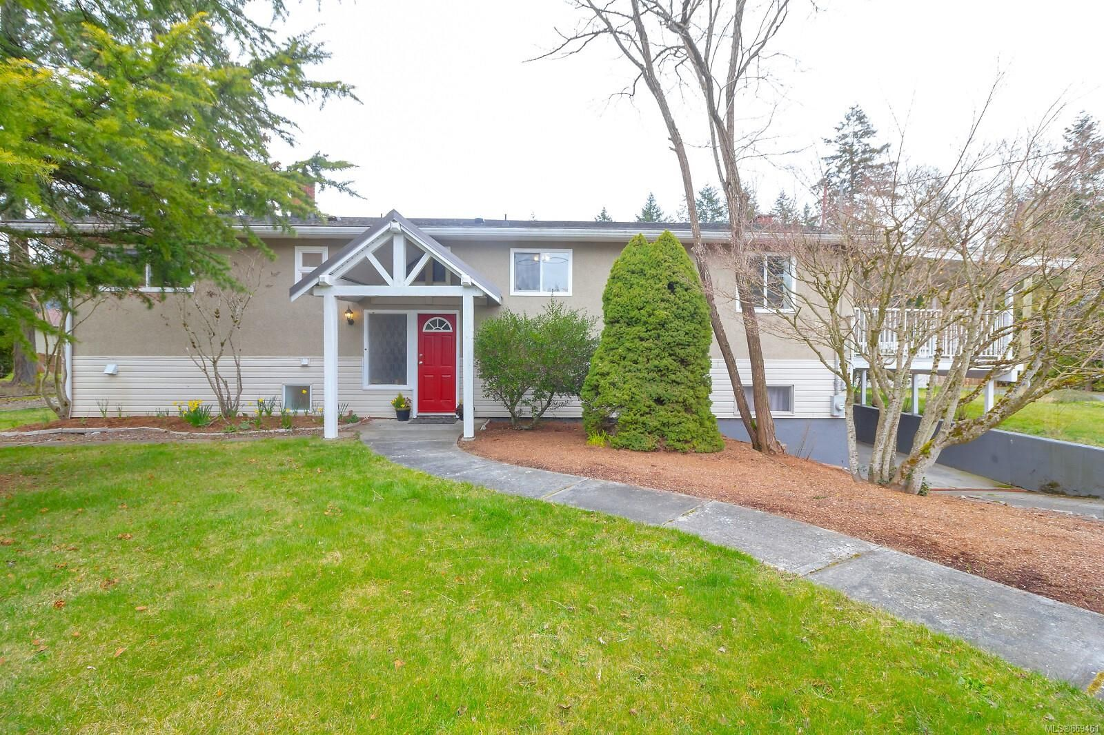 Main Photo: 4685 George Rd in : Du Cowichan Bay House for sale (Duncan)  : MLS®# 869461