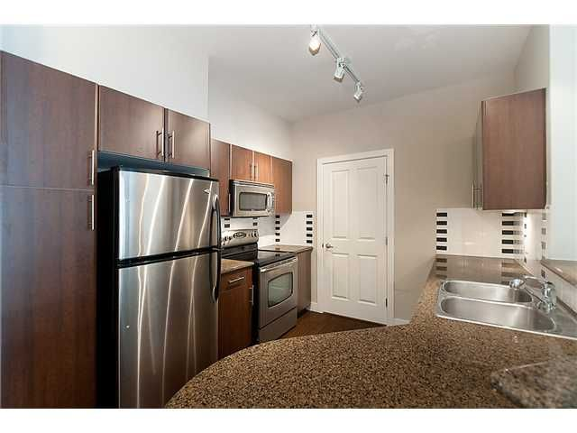 """Main Photo: 306 2330 WILSON Avenue in Port Coquitlam: Central Pt Coquitlam Condo for sale in """"SHAUGHNESSY WEST"""" : MLS®# V914242"""