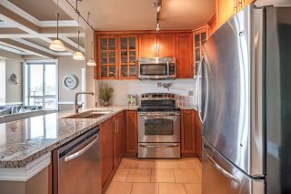 """Photo 3: 507 7488 BYRNEPARK Walk in Burnaby: South Slope Condo for sale in """"THE GREEN"""" (Burnaby South)  : MLS®# R2363421"""