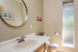 Photo 18: 3383 ROBINSON ROAD in North Vancouver: Lynn Valley House for sale : MLS®# R2096046