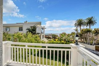 Photo 30: LA JOLLA House for sale : 4 bedrooms : 5735 Dolphin Pl