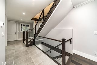 Photo 2: 2938 160 Street in Surrey: Grandview Surrey House for sale (South Surrey White Rock)  : MLS®# R2338092