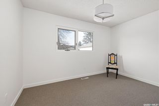 Photo 25: 61 Athabasca Crescent in Saskatoon: River Heights SA Residential for sale : MLS®# SK859293