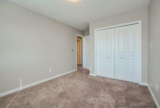 Photo 14: 8 Everridge Gardens SW in Calgary: Evergreen Row/Townhouse for sale : MLS®# A1041120