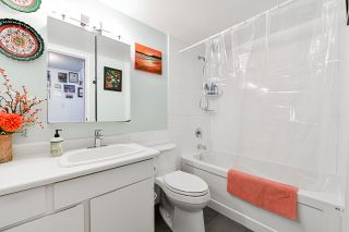 """Photo 19: 706 MILLYARD in Vancouver: False Creek Townhouse for sale in """"Creek Village"""" (Vancouver West)  : MLS®# R2550933"""