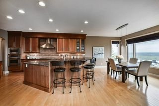 Photo 16: 32 coulee View SW in Calgary: Cougar Ridge Detached for sale : MLS®# A1117210