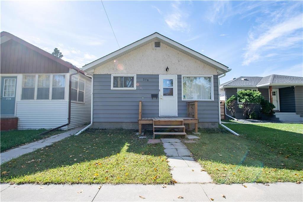 Main Photo: 378 Semple Avenue in Winnipeg: West Kildonan Residential for sale (4D)  : MLS®# 202123770