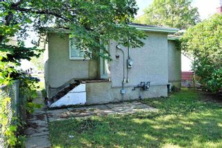 Photo 3: 12327 107 Street in Edmonton: Zone 08 House for sale : MLS®# E4262658