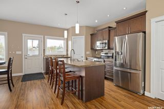 Photo 5: 212A Dunlop Street in Saskatoon: Forest Grove Residential for sale : MLS®# SK859765