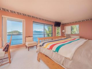 Photo 15: 3941 FRANCIS PENINSULA Road in Madeira Park: Pender Harbour Egmont House for sale (Sunshine Coast)  : MLS®# R2562951