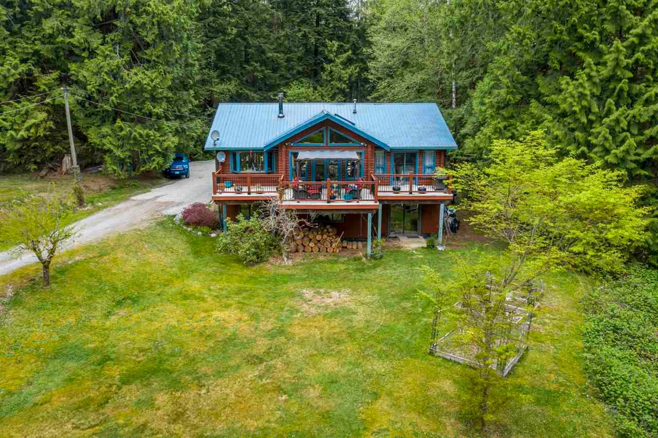 Main Photo: 12438 BELL Street in Mission: Stave Falls House for sale : MLS®# R2572802