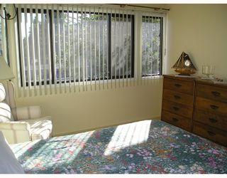 """Photo 6: 7389 MONTECITO Drive in Burnaby: Montecito Townhouse for sale in """"VILLA MONTECITO"""" (Burnaby North)  : MLS®# V667701"""