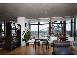 "Photo 6: 3810 128 W CORDOVA Street in Vancouver: Downtown VW Condo for sale in ""Woodwards W43"" (Vancouver West)  : MLS®# V1076978"