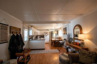 Photo 5: 214 3120 Island Hwy in : CR Campbell River Central Manufactured Home for sale (Campbell River)  : MLS®# 872212