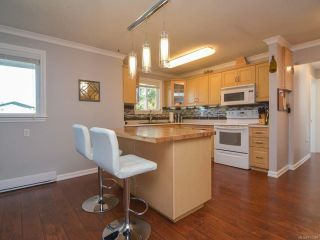 Photo 3: 3797 MEREDITH DRIVE in ROYSTON: CV Courtenay South House for sale (Comox Valley)  : MLS®# 771388
