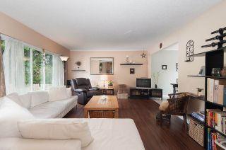 Photo 2: 11957 92 Avenue in Delta: Annieville 1/2 Duplex for sale (N. Delta)  : MLS®# R2080462