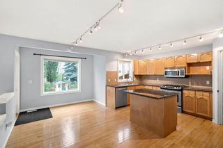 Photo 10: 139 Royal Terrace NW in Calgary: Royal Oak Detached for sale : MLS®# A1139605