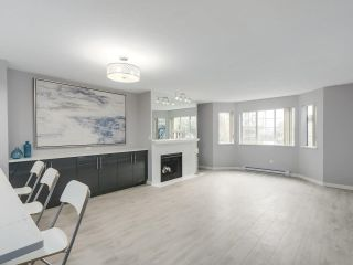 """Photo 5: 113 1150 QUAYSIDE Drive in New Westminster: Quay Condo for sale in """"Westport"""" : MLS®# R2255173"""