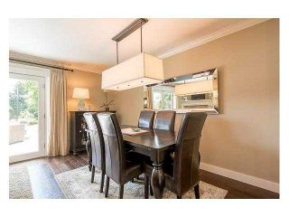 """Photo 7: 4687 HOSKINS Road in North Vancouver: Lynn Valley Townhouse for sale in """"Yorkwood Hills"""" : MLS®# V1130189"""