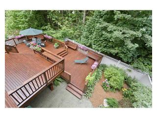 Photo 10: 5527 HUCKLEBERRY LN in North Vancouver: Grouse Woods House for sale : MLS®# V910533