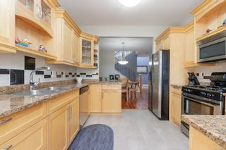 Photo 11: 6 974 Sutcliffe Rd in : SE Cordova Bay Row/Townhouse for sale (Saanich East)  : MLS®# 883584