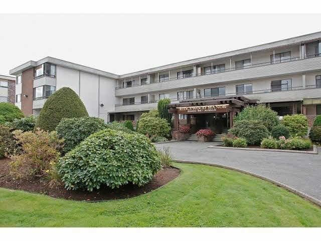 "Main Photo: 207 20420 54TH Avenue in Langley: Langley City Condo for sale in ""RIDGEWOOD MANOR"" : MLS®# F1449037"
