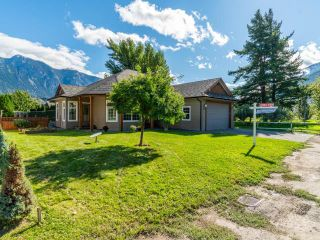 Photo 5: 1552 GARDEN STREET: Lillooet House for sale (South West)  : MLS®# 164189