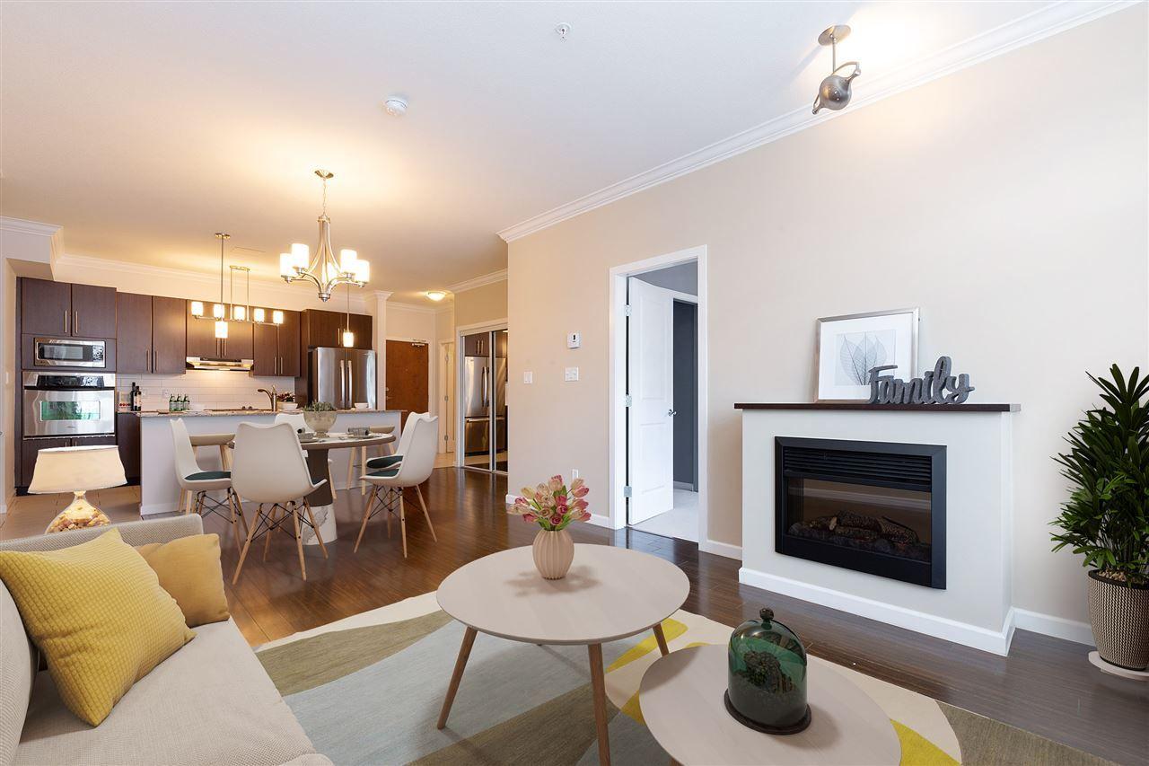 Main Photo: 204 15388 101 Avenue in Surrey: Guildford Condo for sale (North Surrey)  : MLS®# R2334571