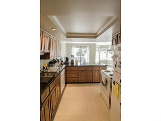 """Photo 10: 205 1180 FALCON Drive in Coquitlam: Eagle Ridge CQ Townhouse for sale in """"FALCON HEIGHTS"""" : MLS®# V1086366"""