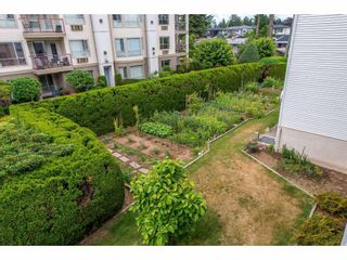 "Photo 16: 206 31930 OLD YALE Road in Abbotsford: Abbotsford West Condo for sale in ""ROYAL COURT"" : MLS®# R2381649"