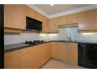 Photo 12: 901 1710 Bayshore Drive in Vancouver: Coal Harbour Condo  (Vancouver West)  : MLS®# V1048157