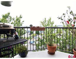 """Photo 10: 406 5765 GLOVER Road in Langley: Langley City Condo for sale in """"College Court"""" : MLS®# F2818017"""