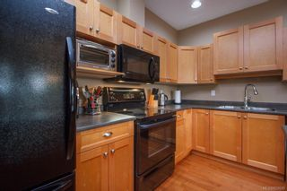 Photo 11: 8 15 Helmcken Rd in View Royal: VR Hospital Row/Townhouse for sale : MLS®# 829595