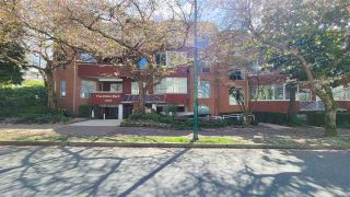 """Main Photo: 107 1010 CHILCO Street in Vancouver: West End VW Condo for sale in """"THE CHILCO PARK"""" (Vancouver West)  : MLS®# R2564886"""