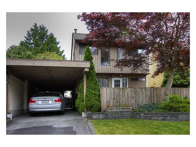 "Main Photo: 4955 THORNWOOD Place in Burnaby: Greentree Village House for sale in ""GREENTREE VILLAGE"" (Burnaby South)  : MLS®# V899912"