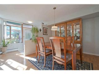 "Photo 8: 104 15111 RUSSELL Avenue: White Rock Condo for sale in ""Pacific Terrace"" (South Surrey White Rock)  : MLS®# F1411286"