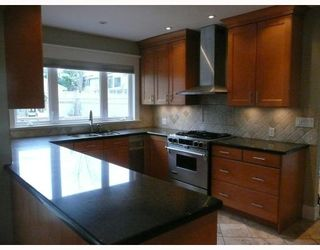 Photo 2: 175 W 39TH Avenue in Vancouver: Cambie House for sale (Vancouver West)  : MLS®# V752023