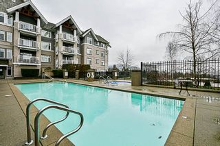 """Photo 17: 308 1438 PARKWAY Boulevard in Coquitlam: Westwood Plateau Condo for sale in """"MONTREAUX"""" : MLS®# R2235799"""