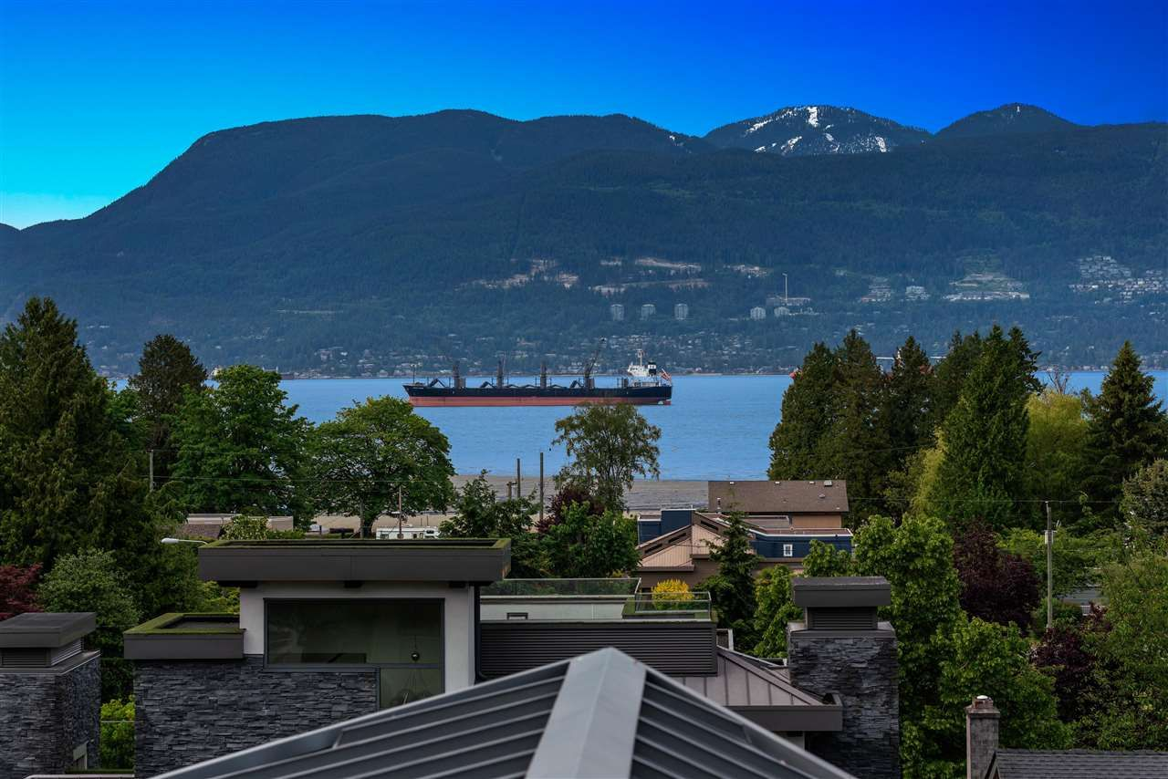 Main Photo: 1720 SASAMAT Street in Vancouver: Point Grey House for sale (Vancouver West)  : MLS®# R2587392
