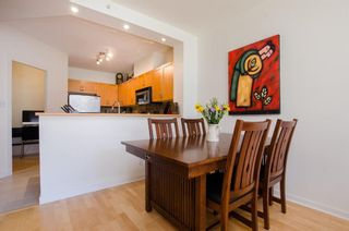 Photo 5: 215 2263 REDBUD Lane in Vancouver West: Home for sale : MLS®# R2185495
