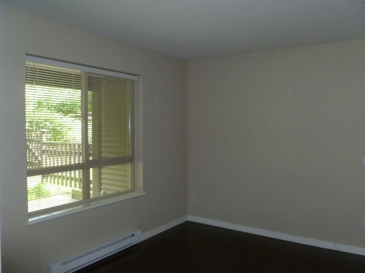 Photo 4: Photos: 103 11665 HANEY BYPASS in Maple Ridge: West Central Condo for sale : MLS®# R2226779