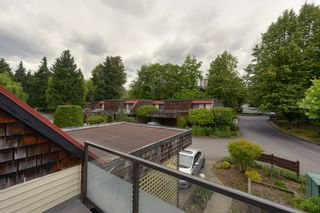 """Photo 17: 4299 BRIDGEWATER Crescent in Burnaby: Cariboo Townhouse for sale in """"Village Del Ponte"""" (Burnaby North)  : MLS®# R2380680"""